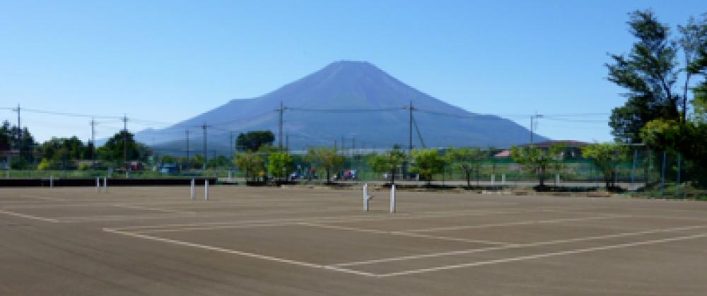 テニスロッヂユートピア